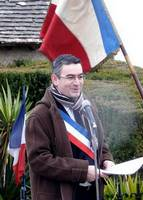 10-11-11-le-favril-discours-du-maire