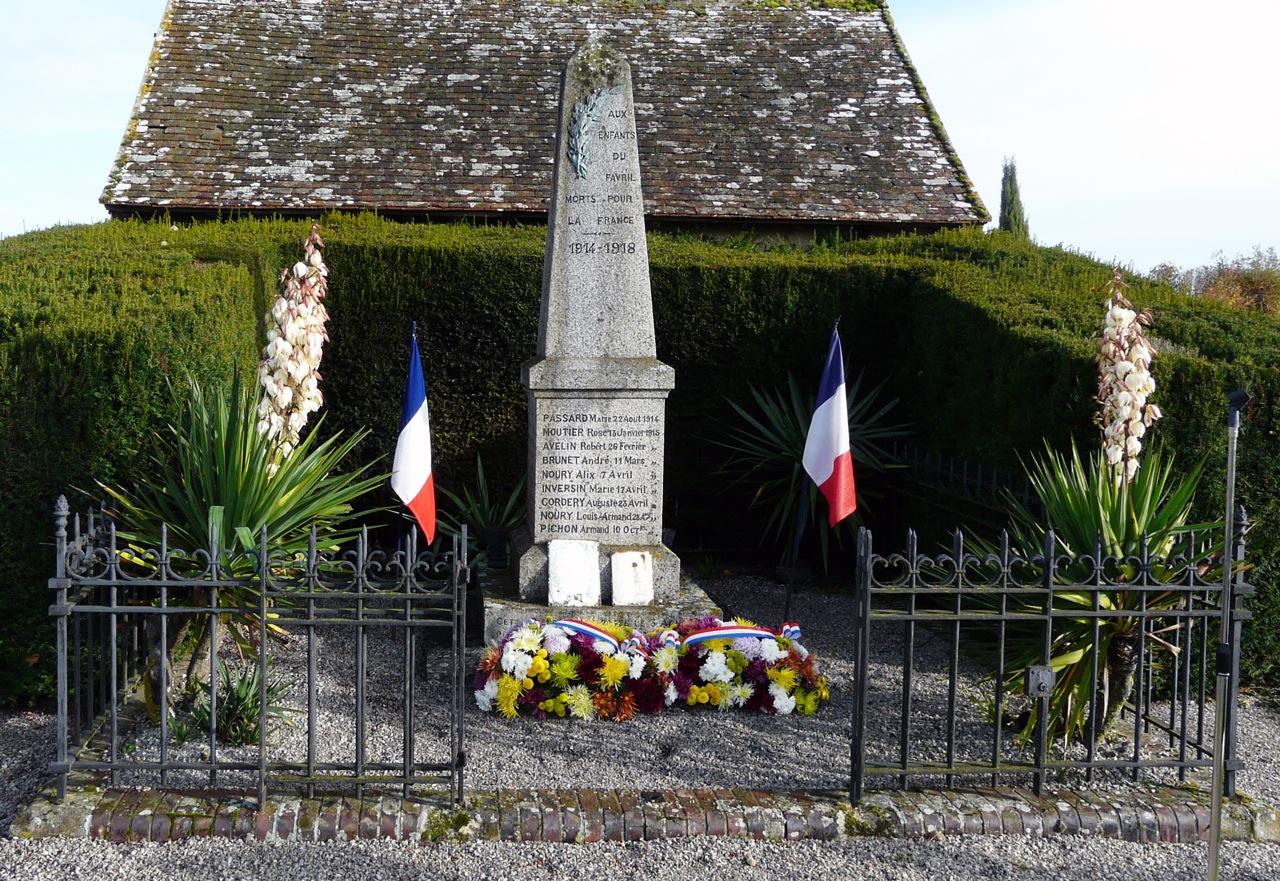 2013-11-11-le-favril-28-monuments-aux-morts